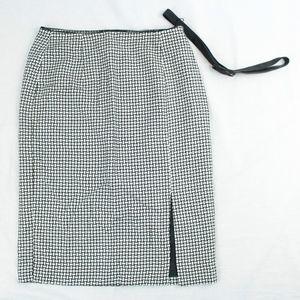 NEW $88 White House Black Market Pencil Skirt